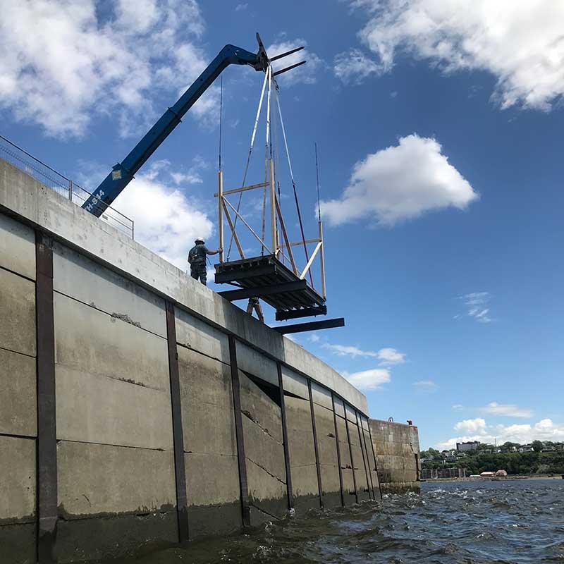 Chantier de construction à proximité de l'eau - SIFA